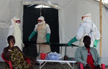 515x330_centre-traitement-contre-virus-ebola-gere-croix-rouge-pres-ville-kenama-sierra-leone-15-novembre-2014