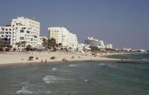 648x415_plage-sousse-tunisie