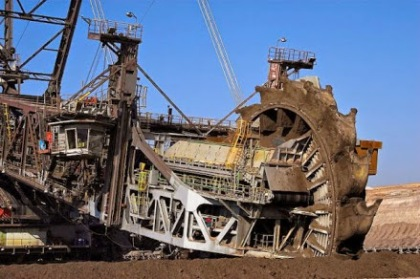 bagger-288-largest-land-vehicle-in-the-world-5