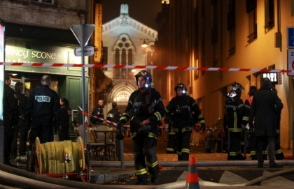 2199413_890_bordeaux-incendie-au-7370651-1600_800x517p